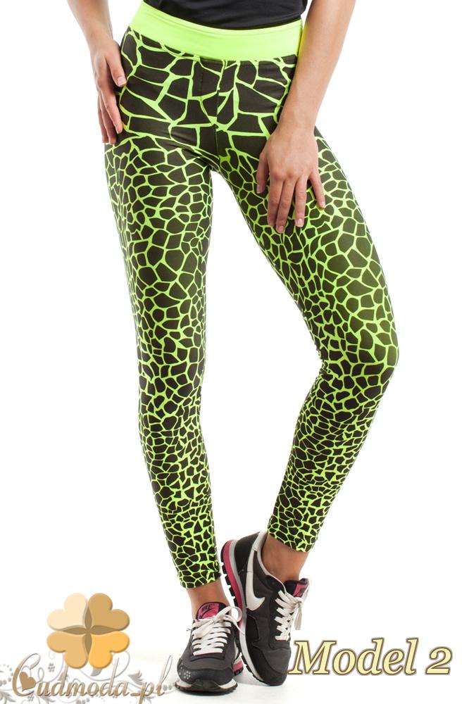 CM2426 Szykowne legginsy sportowe w deseń - model 2