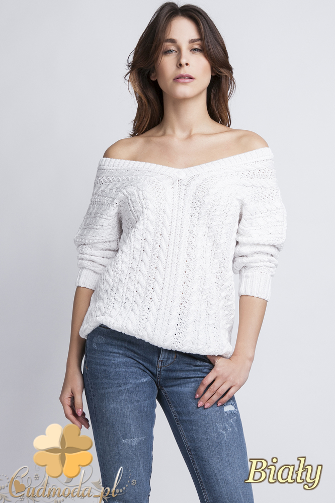 CM2436 Klasyczny sweter z opadającym ramieniem - biały