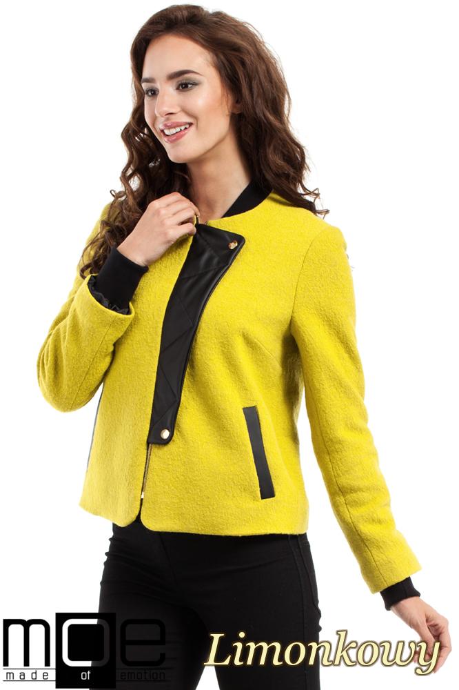CM2462 Wełniana kurtka zapinana na napy - limonkowa