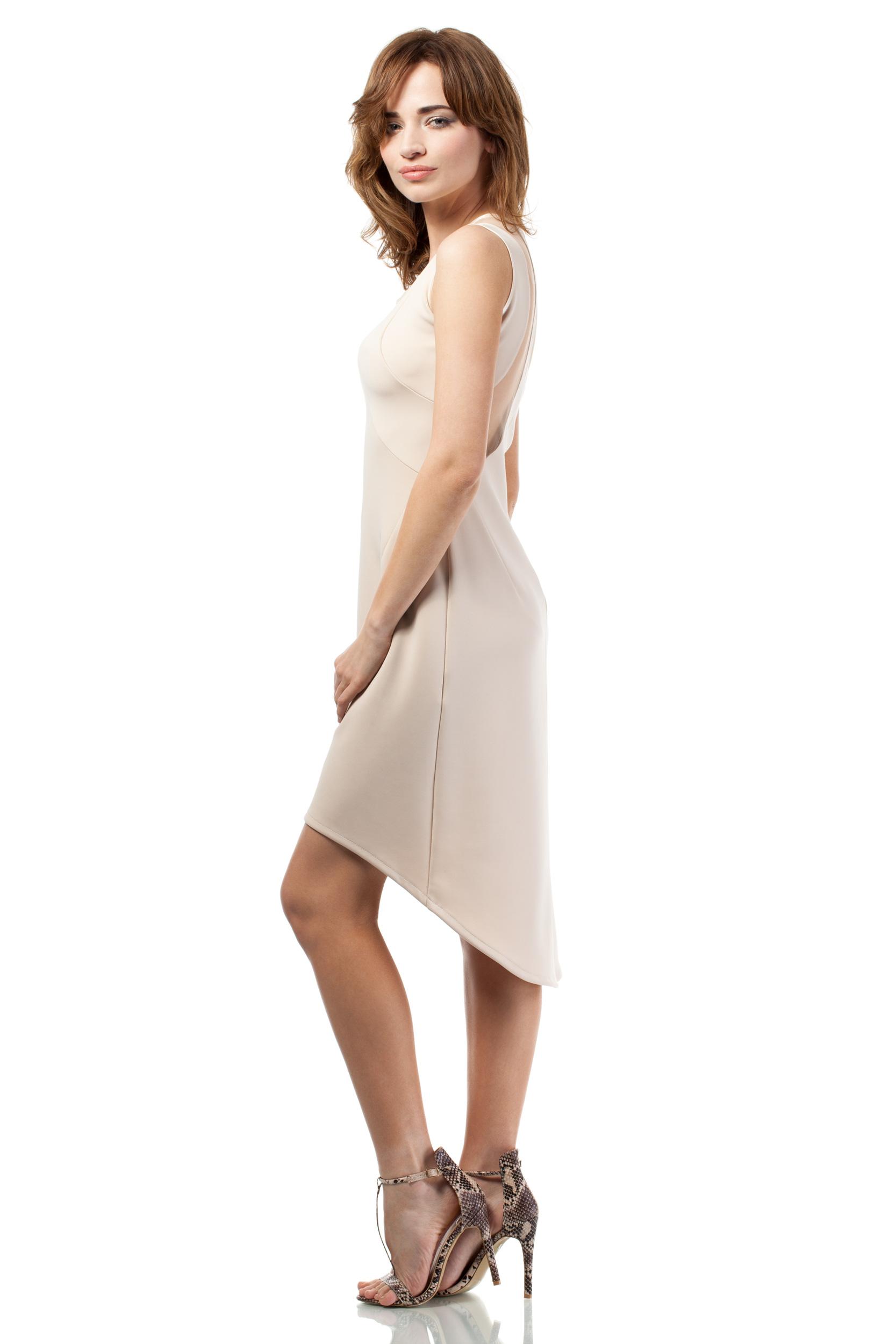 CM1715 Nowoczesna sukienka z tiulowym wzorem na plecach - beżowa