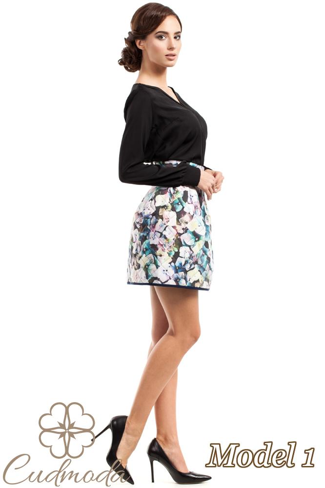 CM2726 Spódniczka tulipan w modne wzory - model 1