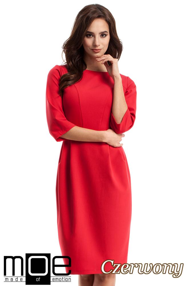 CM2683 Ołówkowa sukienka z zakładkami - czerwona