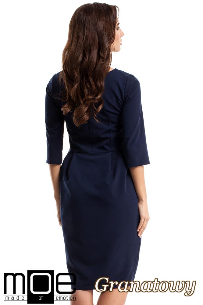 CM2683 Ołówkowa sukienka z zakładkami - granatowa
