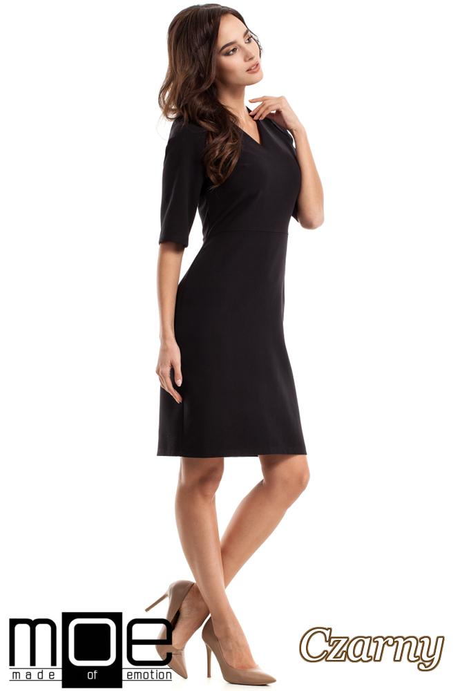 CM2217 Ołówkowa sukienka z krótkim rękawem - czarna