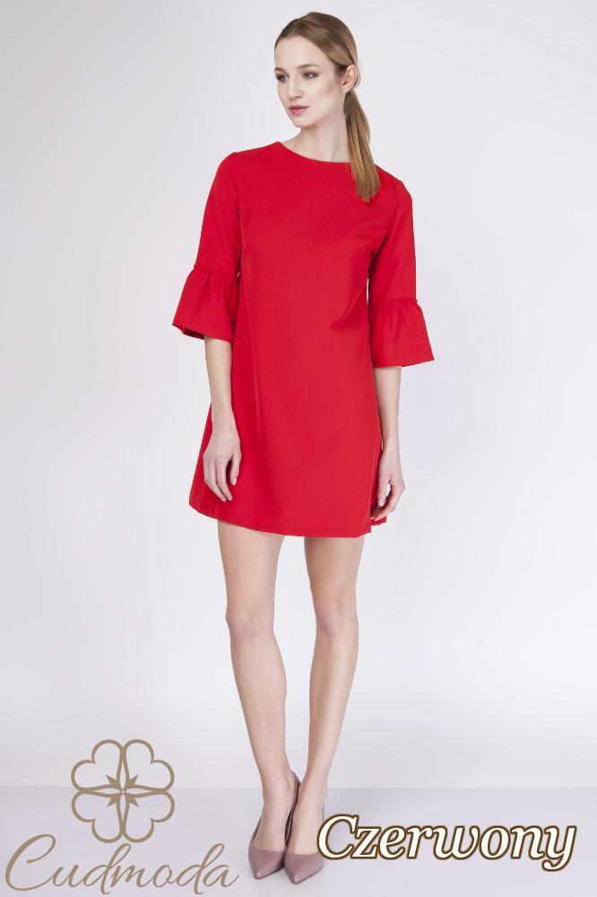 CM2756 Trapezowa sukienka z rękawem falbanką - czerwona