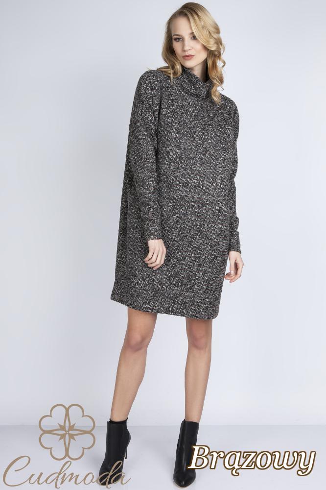 CM2777 Nowoczesna sukienka typu oversize - brązowa