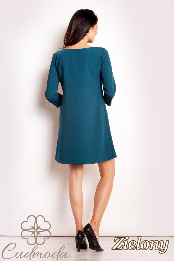 CM2808 Trapezowa sukienka biurowa - zielona