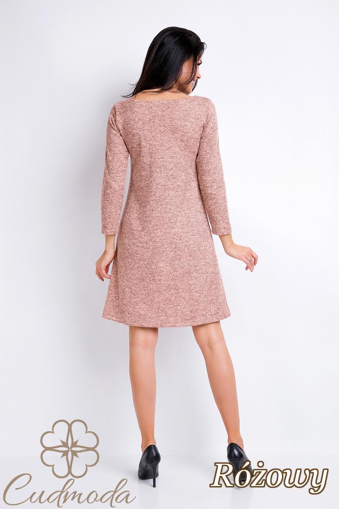 CM2830 Prosta trapezowa sukienka - różowa