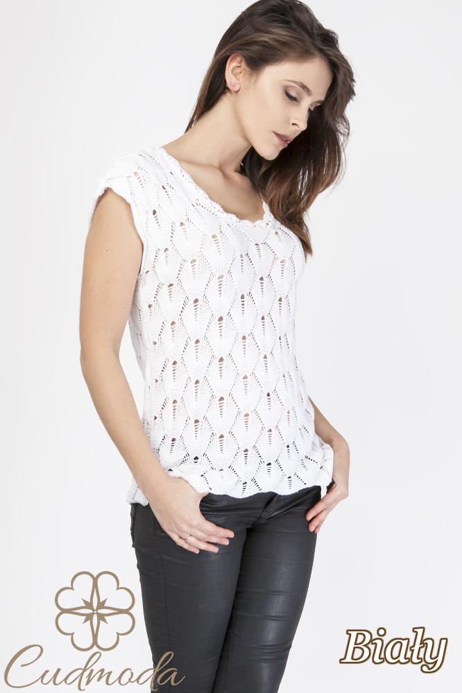 CM2889 Ażurowa bluzka damska z krótkim rękawem - biała