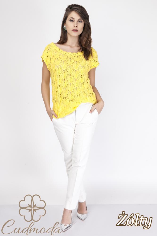 CM2889 Ażurowa bluzka damska z krótkim rękawem - żółta