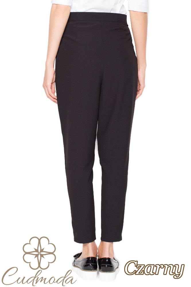 CM2955 Wygodne spodnie z zakładkami przy pasie - czarne