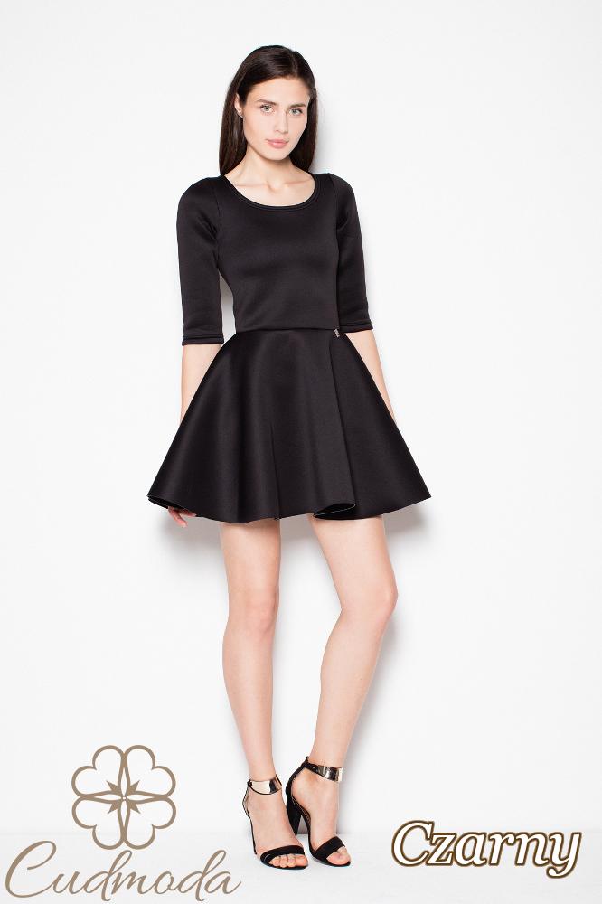 CM2980 Piankowa sukienka rozkloszowana - czarna