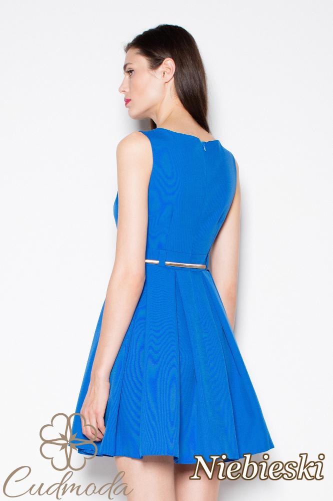 CM2983 Sukienka bez rękawów z zakładkami - niebieska