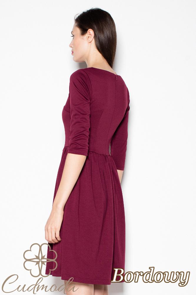 CM2984 Klasyczna sukienka odcinana w pasie - bordowa