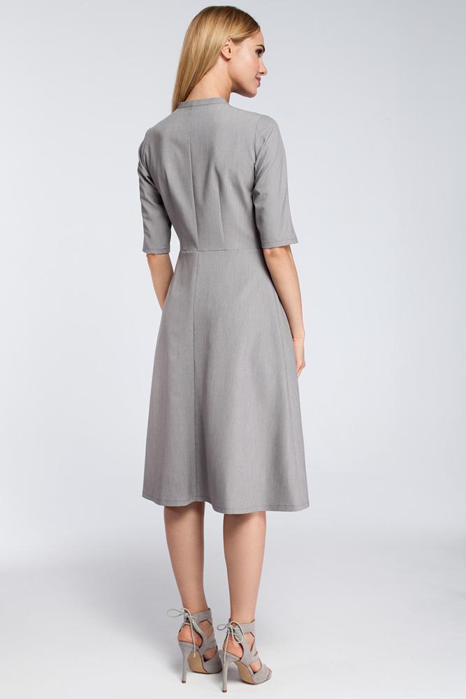 CM2922 Odcinana sukienka z wiązaniem przy dekolcie - szara