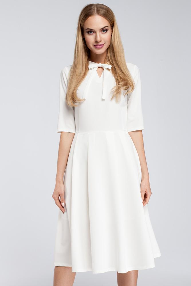 CM2922 Odcinana sukienka z wiązaniem przy dekolcie - ecru