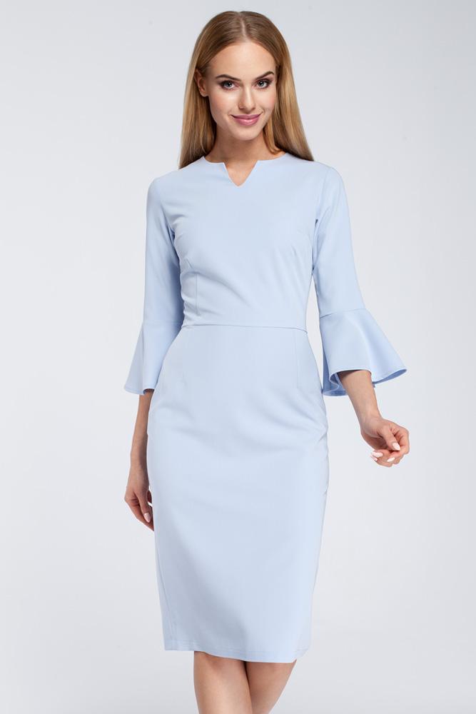 CM2923 Dopasowana sukienka z falbanami przy rękawach - błękitna