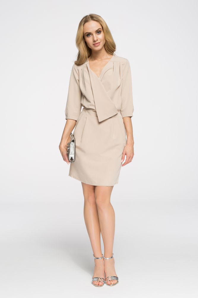 CM2667 Kopertowa sukienka mini - beżowa