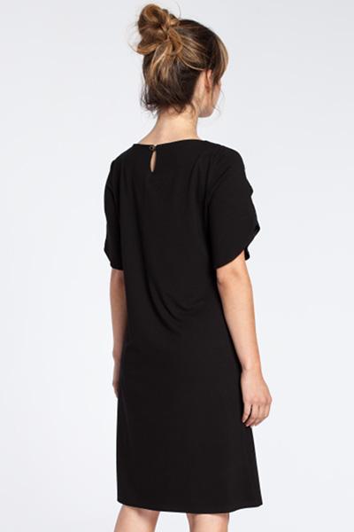 CM3032 Elegancka sukienka midi z falbankami - czarna