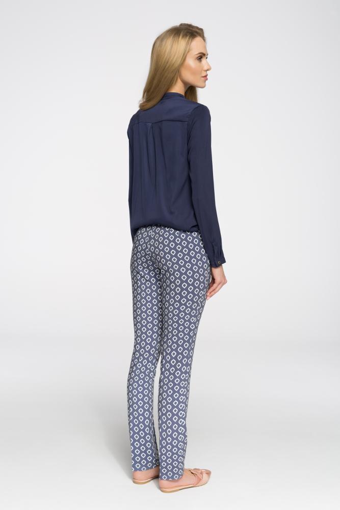 CM2681 Klasyczne spodnie damskie kant - model 2
