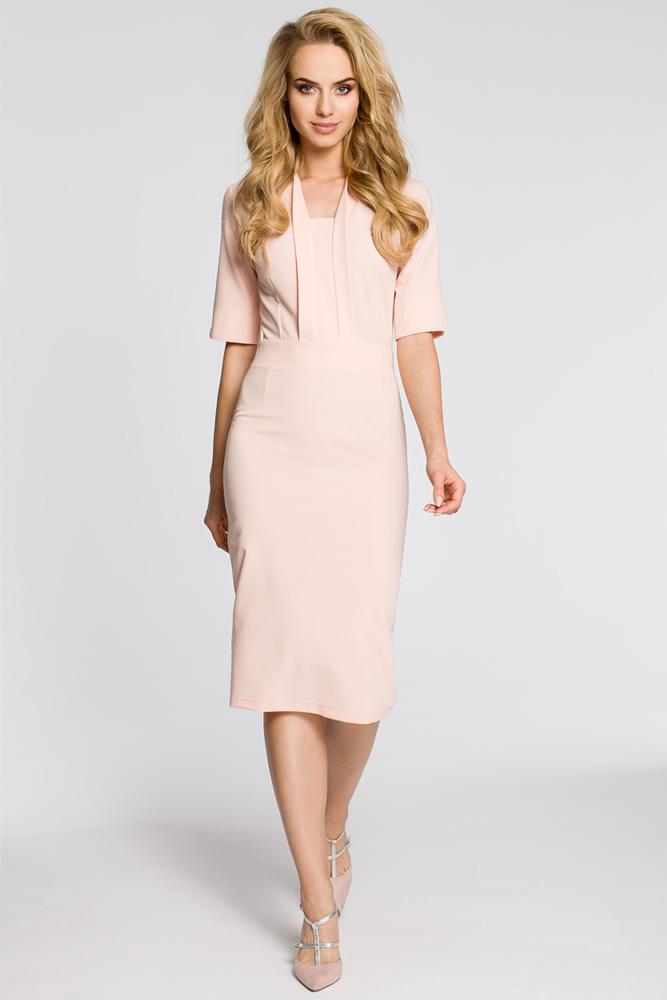 CM3041 Sukienka ołówkowa z dekoltem szalowym - pudrowa