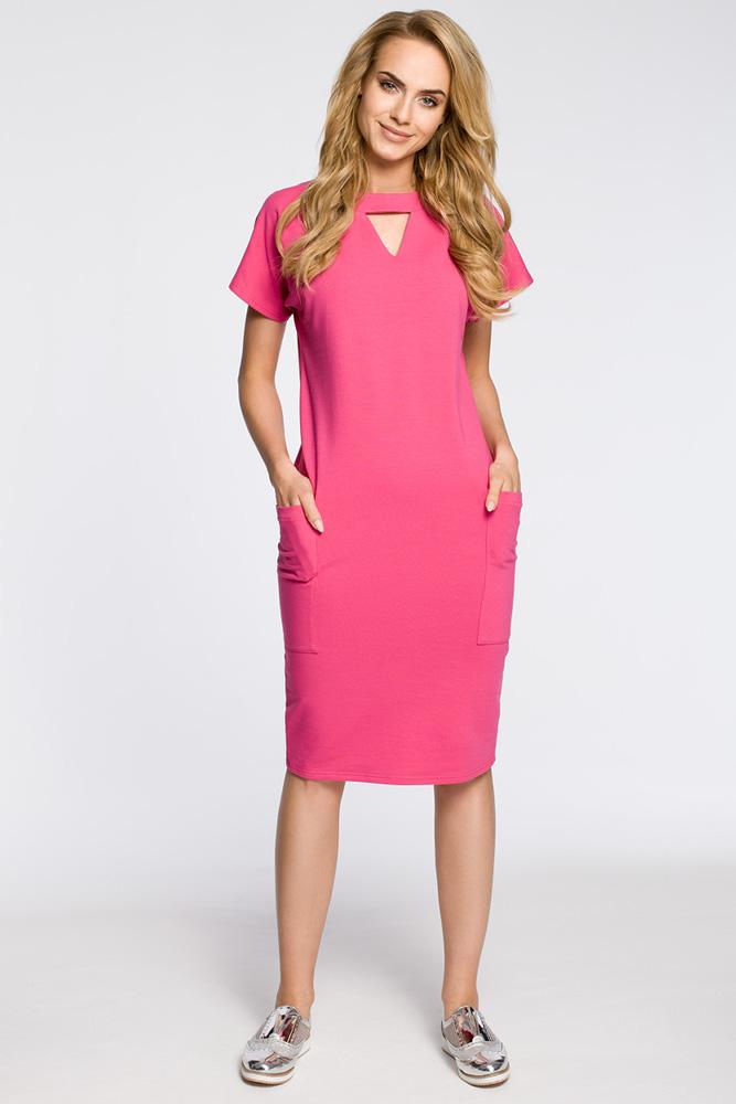 CM3048 Ołówkowa sukienka z ozdobną stójką - fuksja