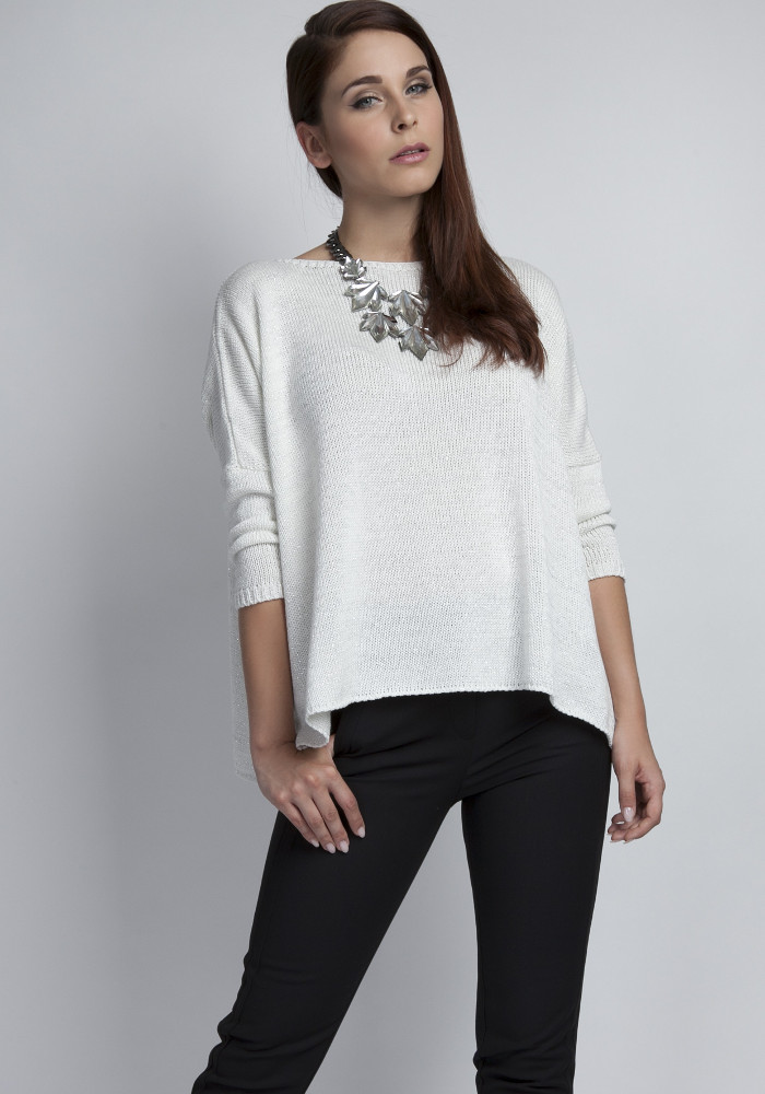 CM3073 Ciepły sweter damski typu oversize - ecru