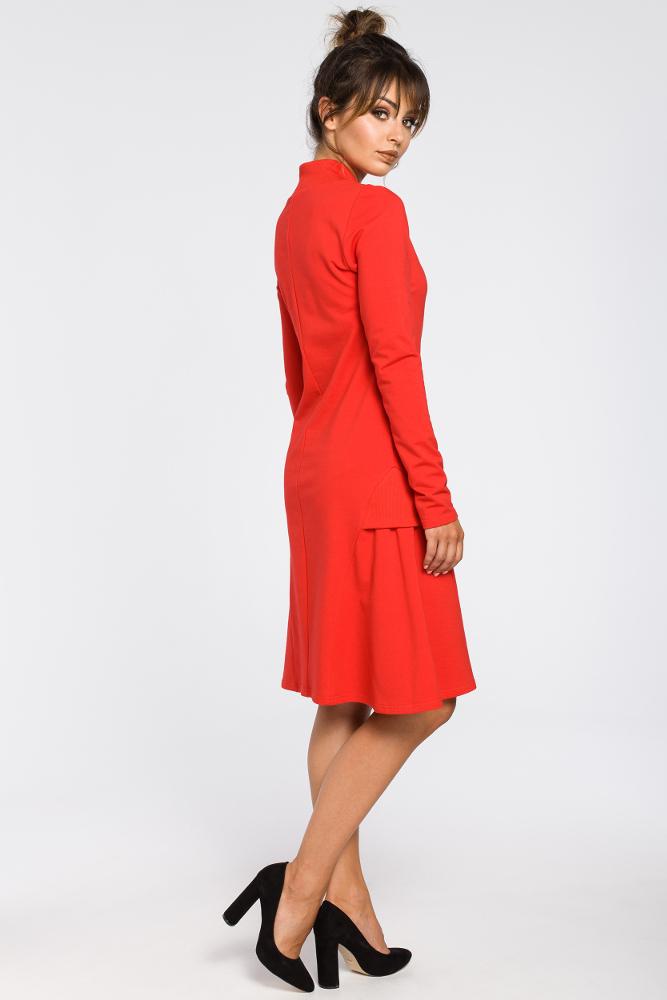 CM3182 Sukienka z klinami i wstawkami ze ściągacza - czerwona