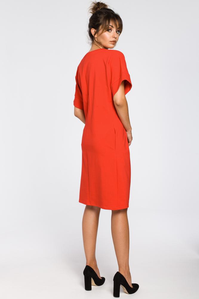 CM3183 Dresowa sukienka z zakładkami - czerwona
