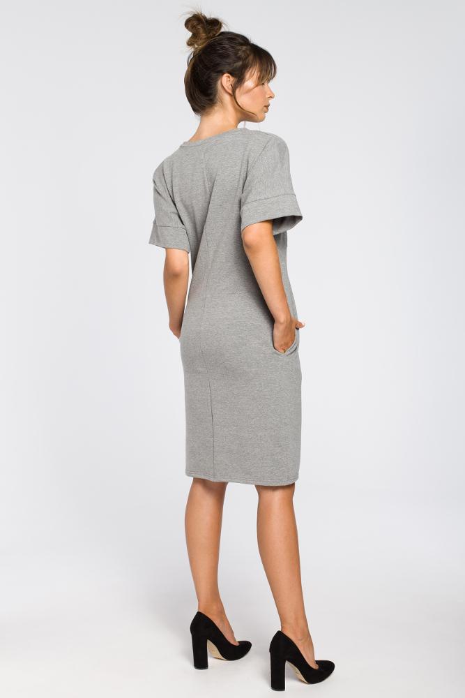 CM3183 Dresowa sukienka z zakładkami - szara