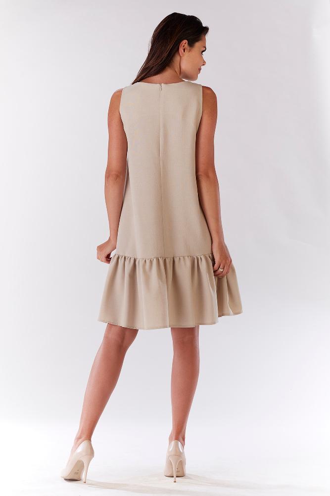 CM3205 Efektowna sukienka z falbaną - beżowa