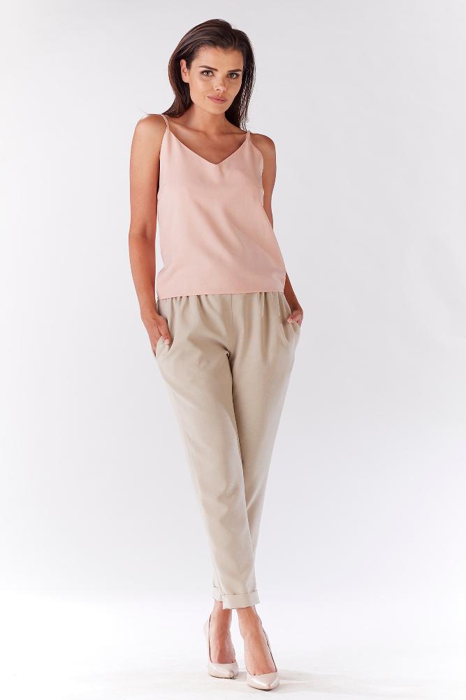 CM3215 Stylowe spodnie damskie z kieszeniami - beżowe