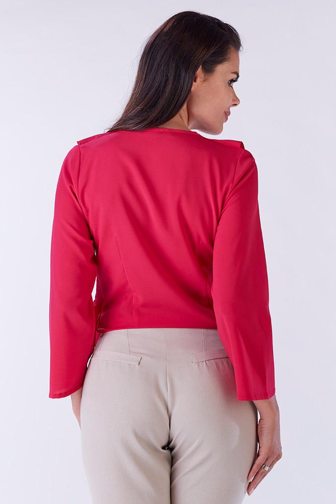 CM3218 Zwiewna kobieca bluzka z falbaną przy dekolcie - różowa