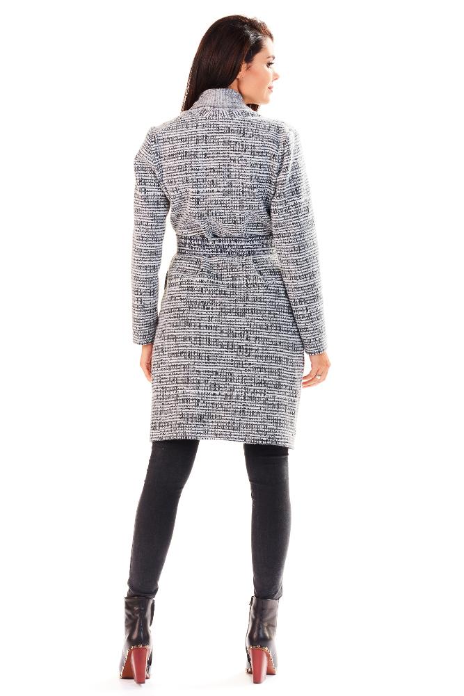 CM3224 Ciepły wzorzysty sweter z wiązanym paskiem - strukturalny
