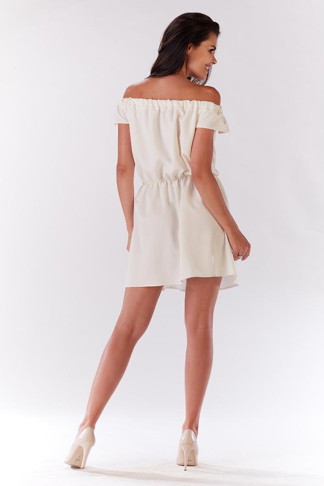 CM3279 Zwiewna sukienka na ramiączkach z marszczeniami - beżowa