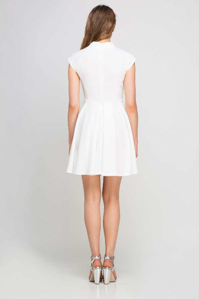 CM3359 Sukienka z kontrafałdami i stójką - ecru