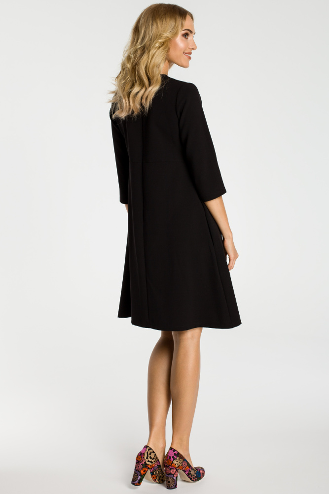 CM3303 Sukienka z kontrafałdą pod biustem - czarna
