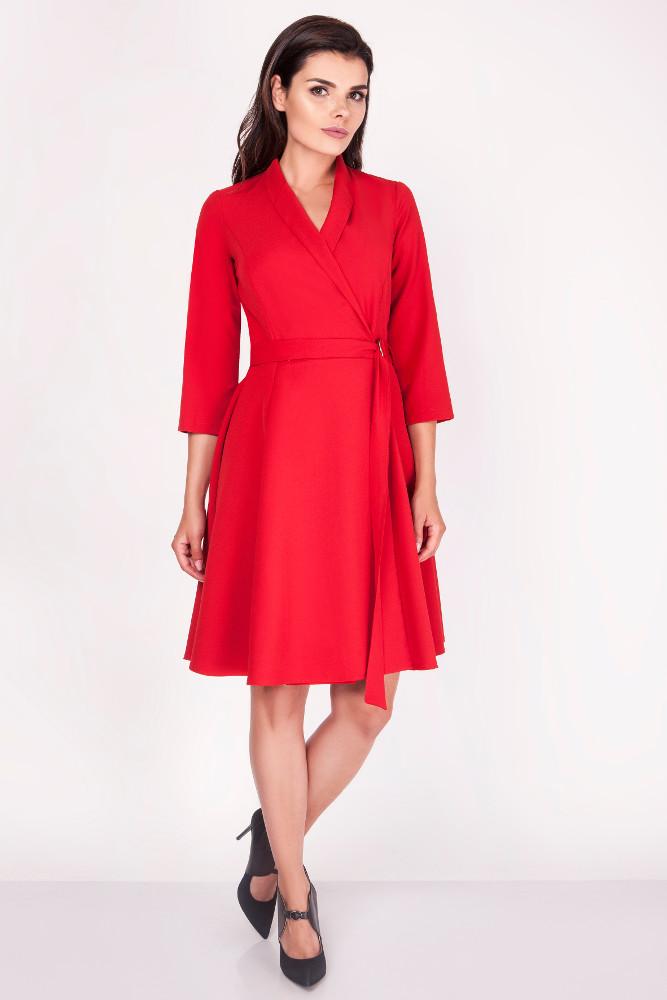 CM3370 Elegancka sukienka przewiązana w pasie - czerwona