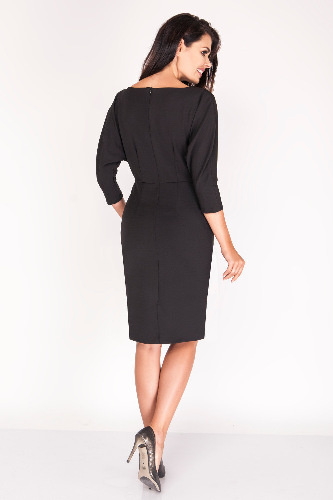CM3386 Dopasowana sukienka z rękawami kimono - czarna