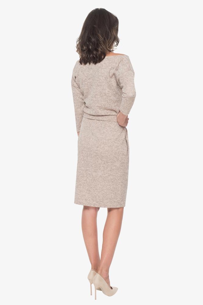 CM3423 Sukienka z paskiem i kieszeniami - różowa
