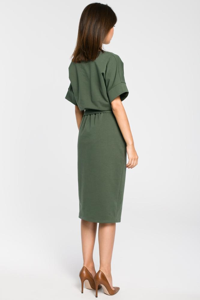 CM3445 Dzianinowa sukienka z rozcięciem - militarno-zielona