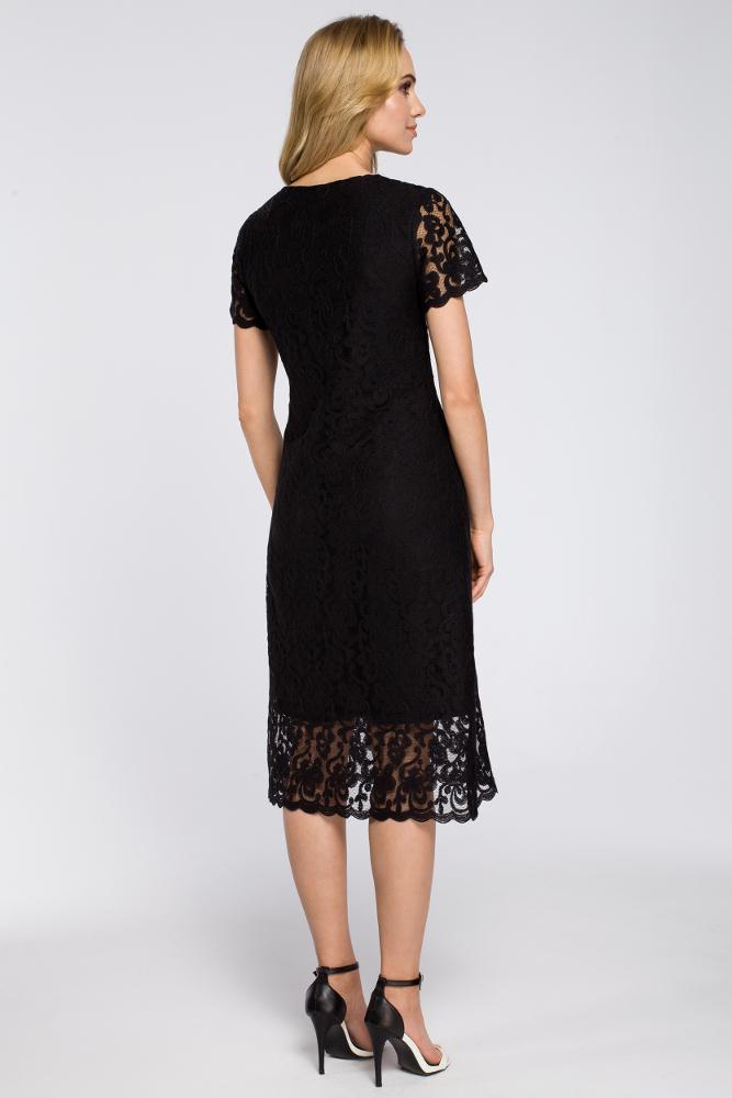 CM2625 Koronkowa sukienka fasonu litery A - czarna