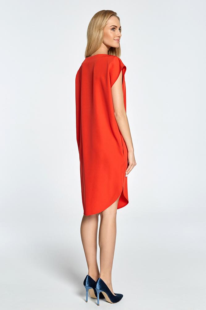 CM3457 Prosta sukienka z rozcięciem na udo - czerwona