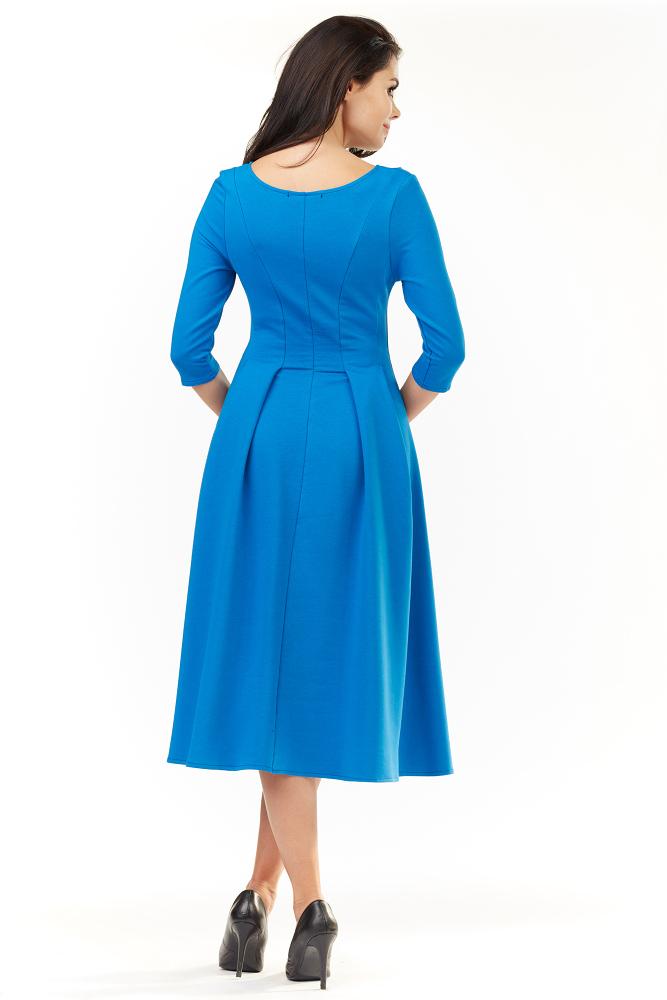 CM3492 Elegancka rozkloszowana sukienka midi - niebieska
