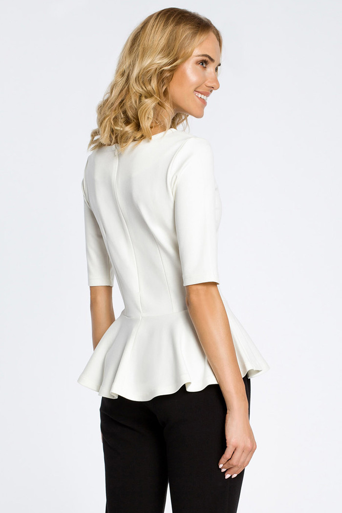 CM0206 Elegancka bluzka z baskinką - ecru