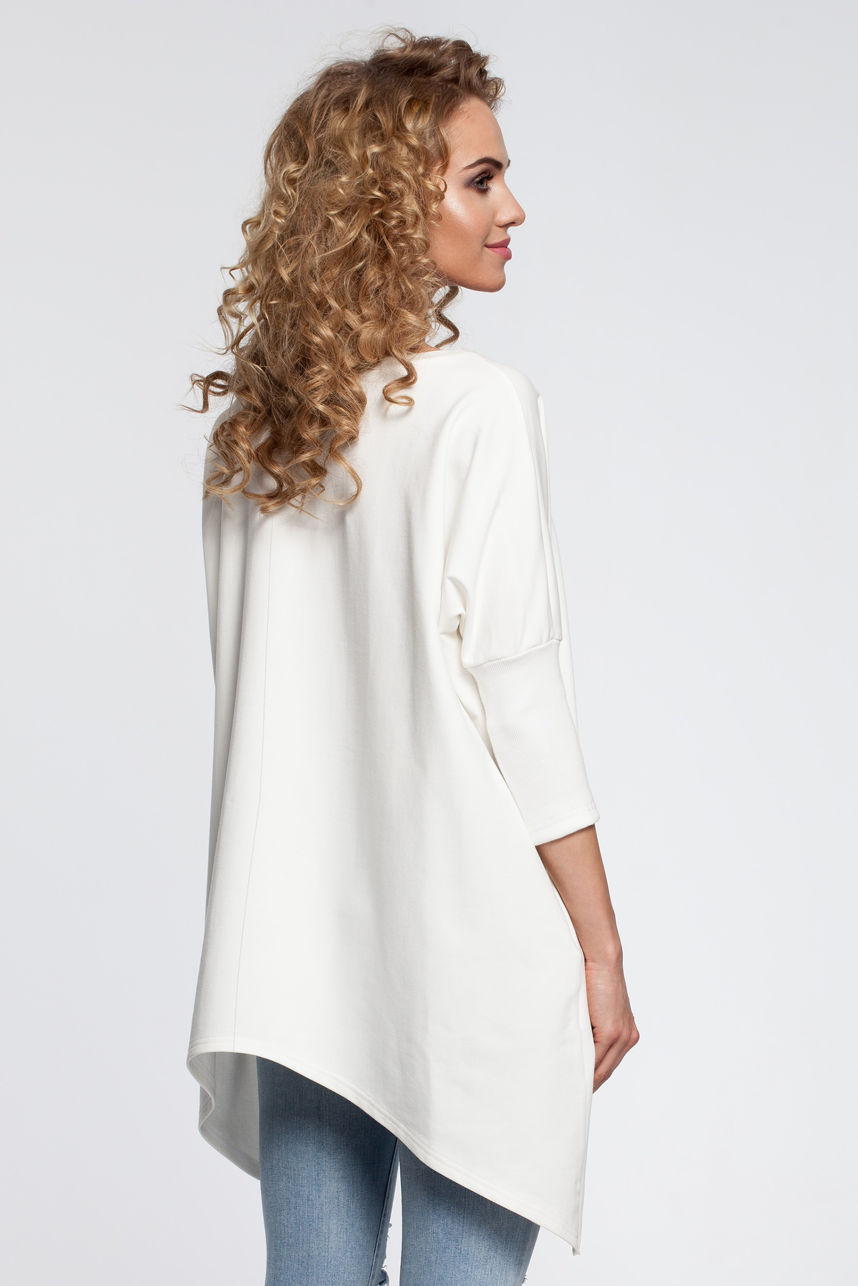 CM2905 Asymetryczna bluzka z rękawem 3/4 - ecru