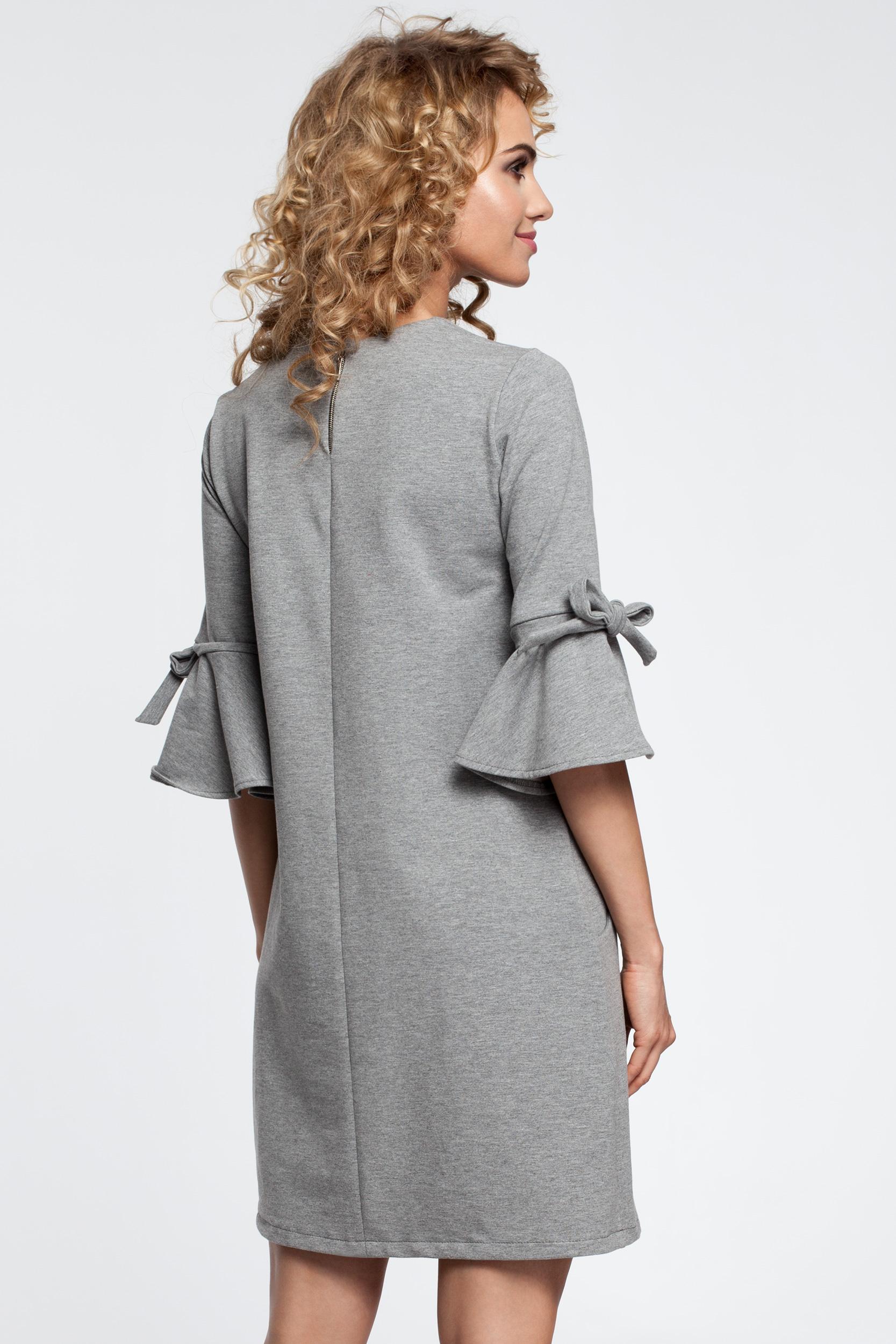 CM2902 Trapezowa sukienka z falbanami przy rękawach - szara