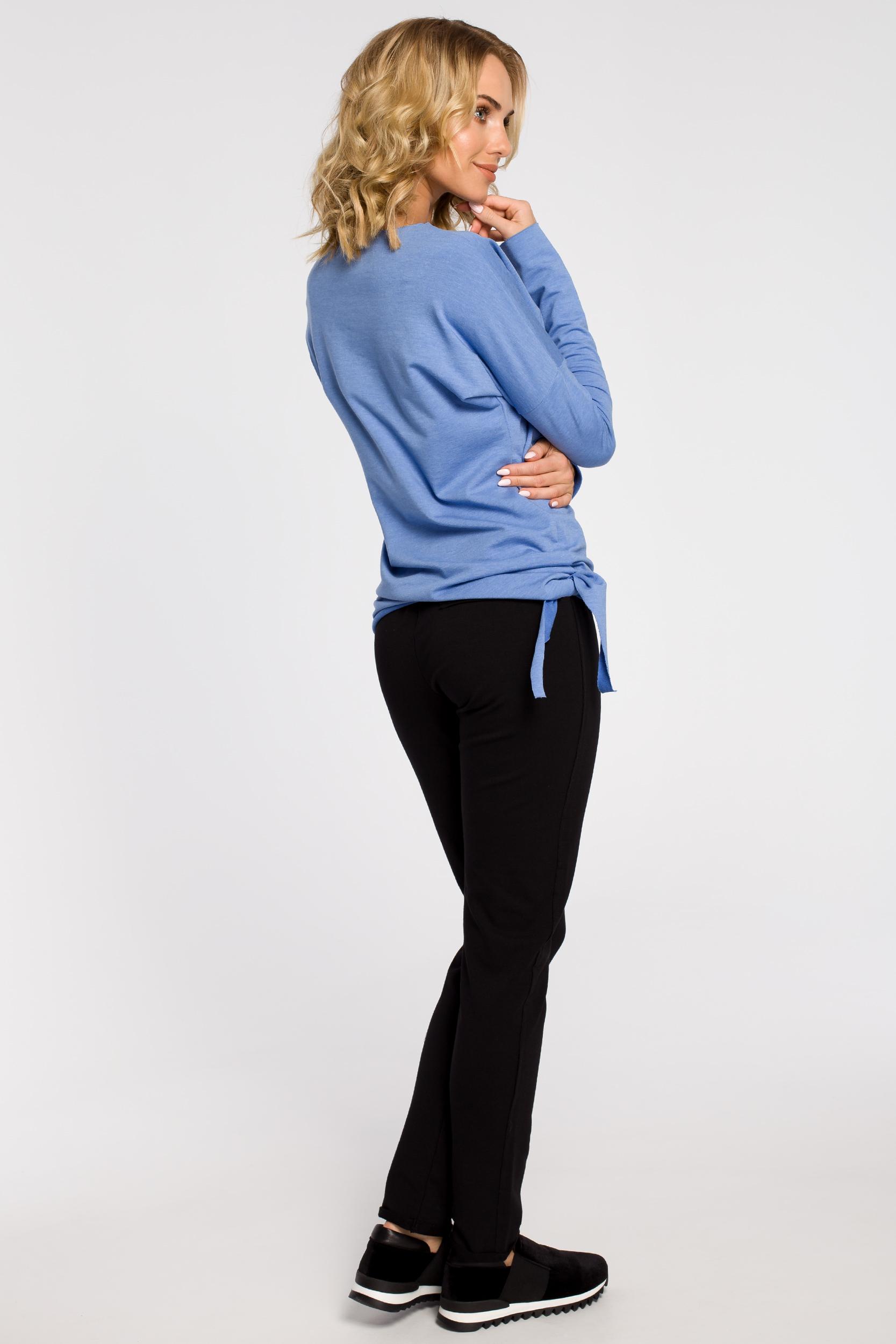 CM0340 Bluza damska dresowa z ozdobny sercem - niebieska