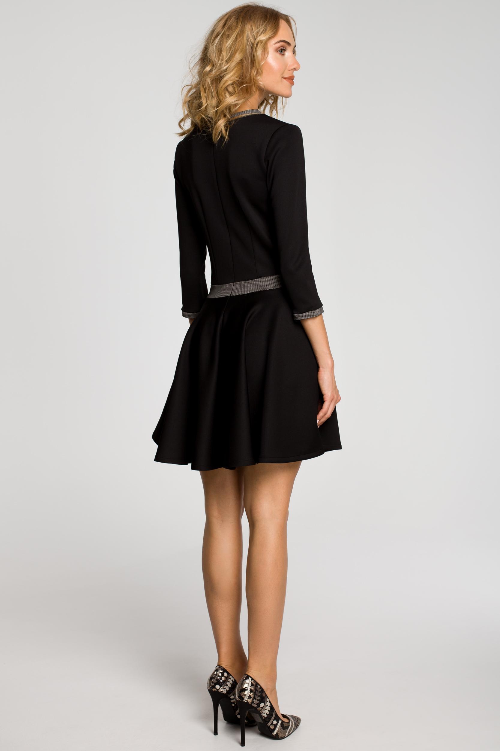 CM0355 Elegancka sukienka rozkloszowana z koła - czarna