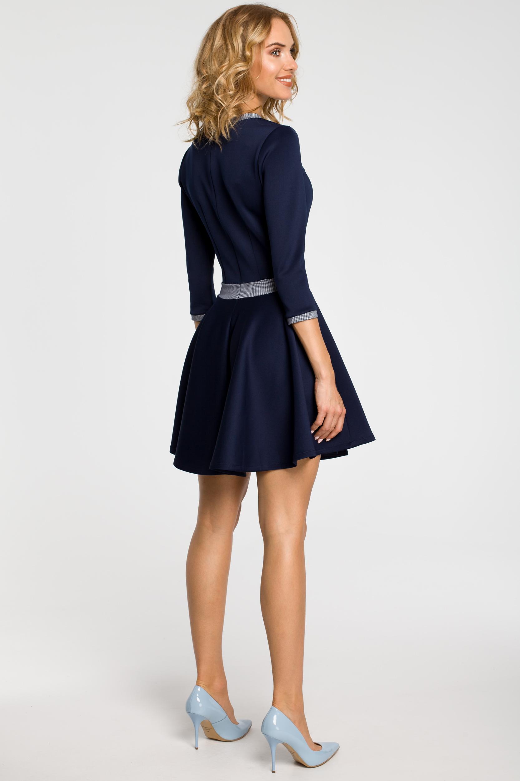CM0355 Elegancka sukienka rozkloszowana z koła - granatowa
